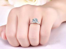 铂金结婚戒指好吗?