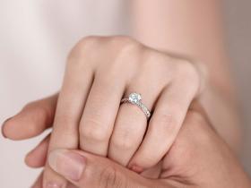 准新人如何挑选结婚钻戒?