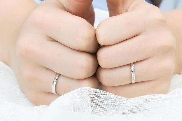婚戒一般买多少钱的合适?