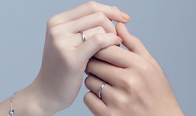 巴中定制结婚戒指需要考虑哪些方面?