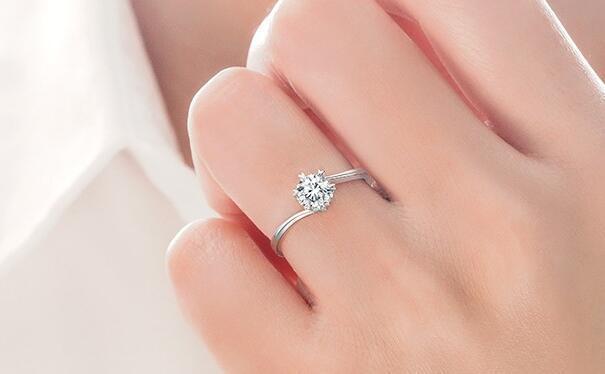 达州结婚戒指对戒多少钱?