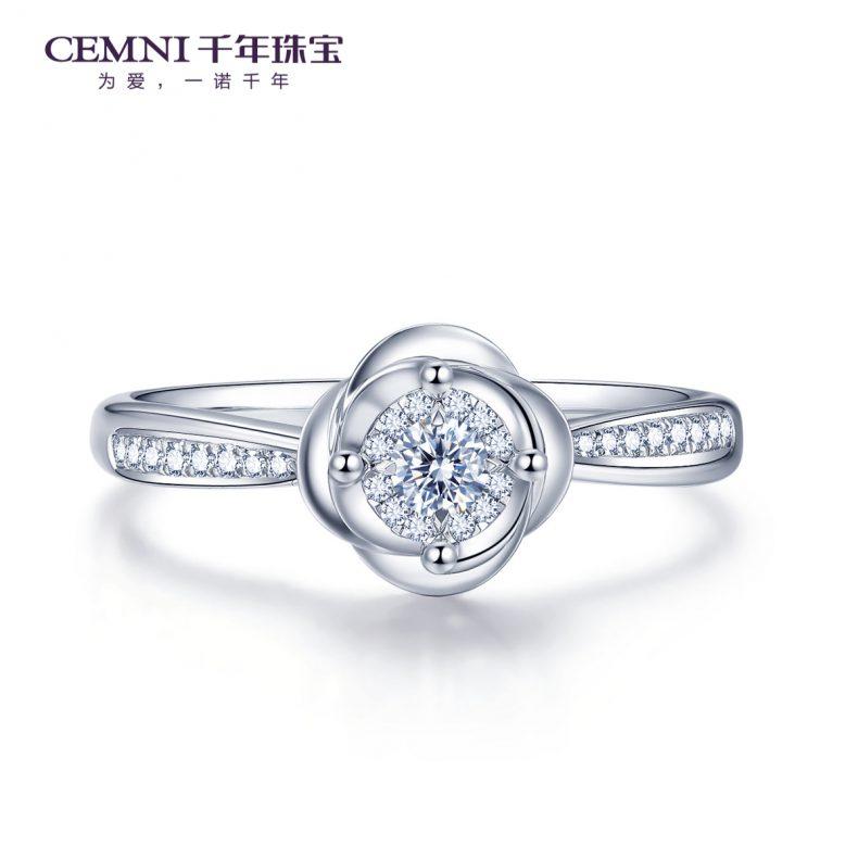 买戒指买什么材质好,铂金戒指易变形吗?