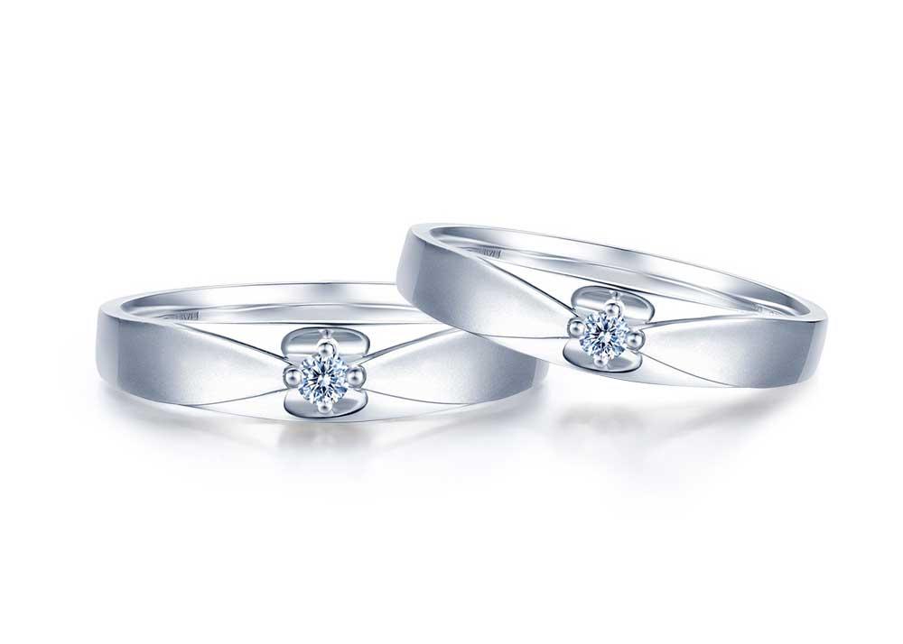 铂金和18K金有什么区别及铂金戒指价格受到哪些因素的影响