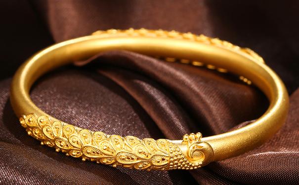 为什么有些黄金比黄金首饰便宜?